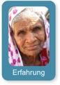 Ältere Frau, die den Begriff